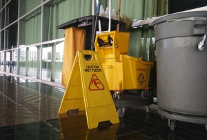 Decca Commercial Janitorial Services: Deep Cleaning and Sanitizing